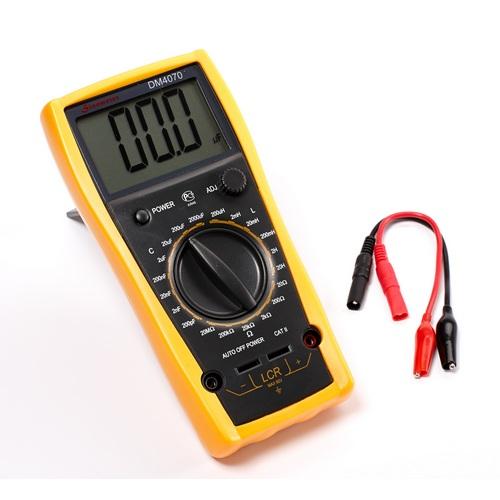 DM4070 Измеритель RLC